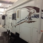 2009 Wildcat by Forest River 32QBBS Fifth Wheel Camper
