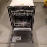 2 Yr Old KitchenAid Dishwasher