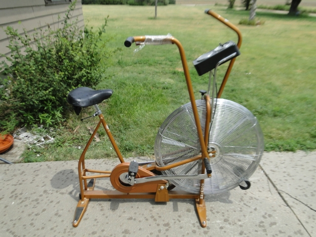 Vintage Schwinn Airdyne Air-Dyne ErgoMetric Exercise Bike