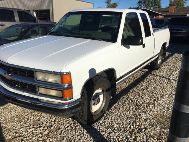 95 Chevy ext cab short bed
