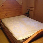 Queen mattress and box springs