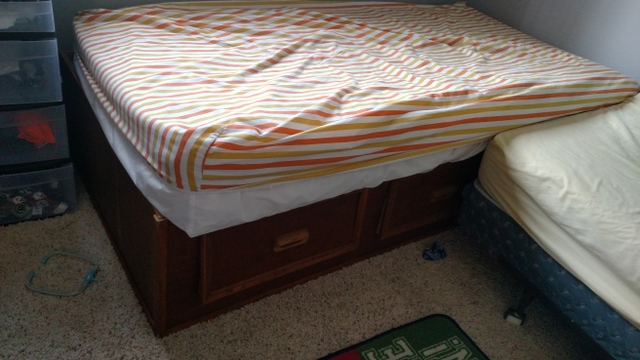 Twin Size Wooden Bed Pet And Smoke Free House Nex Tech