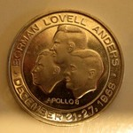 RARE APOLLO 8 COIN WITH METAL FROM THE FLIGHT