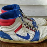 EXTREEEEEMLY RARE KU 1988 SIGNED DANNY MANNING B.BALL SHOES