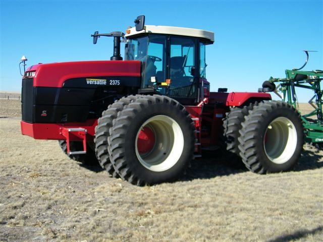 Really sharp tractor 2008 2375 buhler versatile tractor for Versatile sheds prices