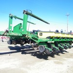 2000 16 Row-3 Section John Deere 1770 Conservation Planter