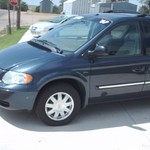 2007 chrysler town and country van