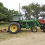 John Deere 4640 Tractor with loader