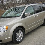 2009 CHRYSLER TOWN & COUNTRY LIMITED 7 PASSENGER MINI VAN