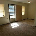1 & 2 BR Apts Available Now!!!!