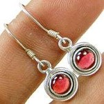 Amazing 925 Sterling Silver Garnet CabEarring