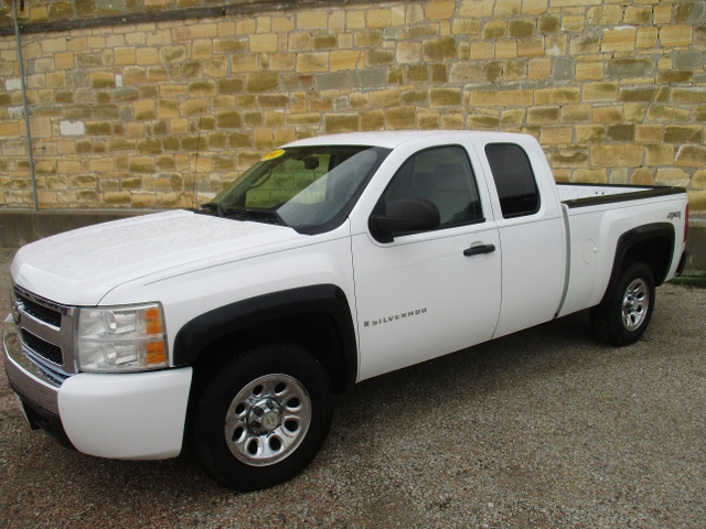 2007 CHEVY EXT-CAB SILVERADO K1500 4X4 SHORT BED