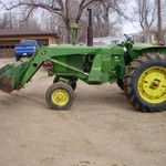 John Deere 3020 tractor with 148 JD loader