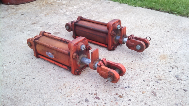 hydraulic cylinders - 4quot x 8quot Cross Manufacturing