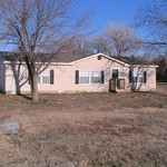 2 Acres - 3 Bed / 2 Bath - Many Trees! - NICE Kitchen!