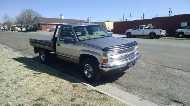 for sale or trade clean 2000 chevy 2500 4x4 flatbed tct classifieds. Black Bedroom Furniture Sets. Home Design Ideas