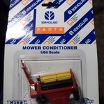 "New Holland ""Mower Conditioner"" 322 FP Ertl  Ford Tractor"