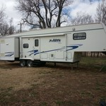 2000 Wanderer Deluxe by Thor 5th wheel camper