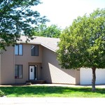 Lots of Space for your family  - 1004 W 38th Hays, KS