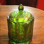 Carnival glass covered jar Green vintage pattern