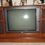 RCA color TV in console Works Great has a remote