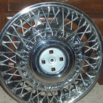 GM Wire Wheel Cover