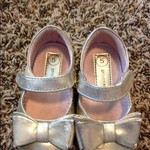 Toddler gold dress shoe