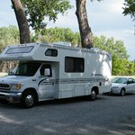 1999 Chateau Sport Motorhome and Tow Car Complete