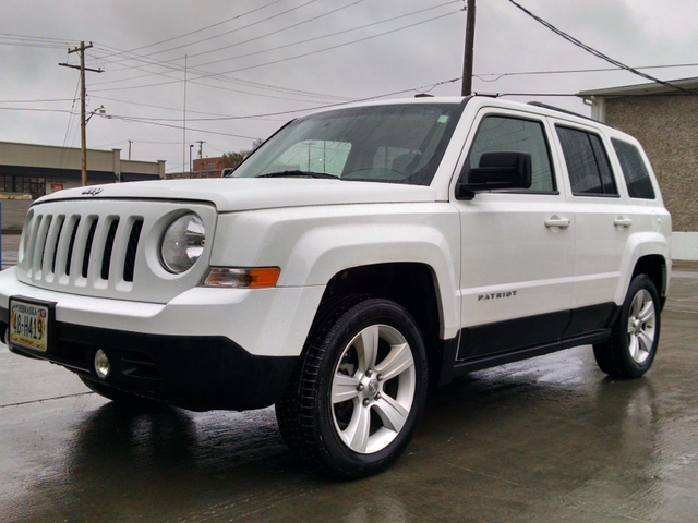 2011 jeep patriot 4x4 latitude edition nex tech classifieds. Black Bedroom Furniture Sets. Home Design Ideas