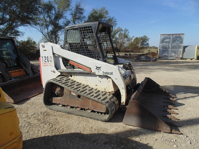 2004 Bobcat T200 Track Skid Steer Loader, 2600 Hours