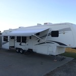 "2006 Cypress ""All Season"" Fifth Wheel Camper"
