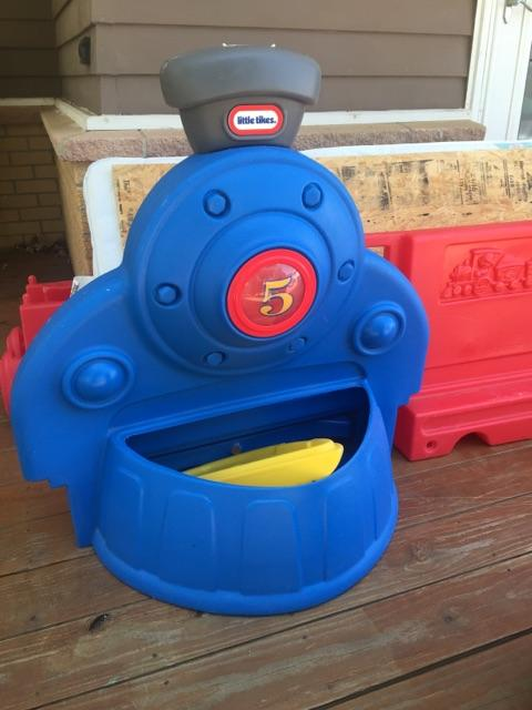 Little Tikes Todder Train Bed