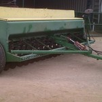 WANTED TO BUY 8200 or 8300 JOHN DEERE DRILL