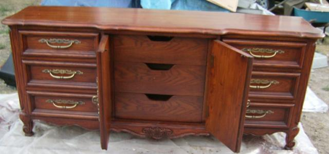 Triple Dresser By Thomasville 9 Drawers Real Wood