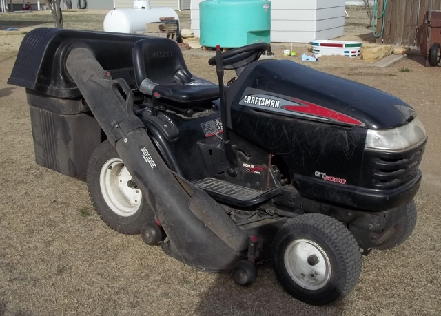 Craftsman Double Bagger : Craftsman gt riding lawn mower w baggers obo