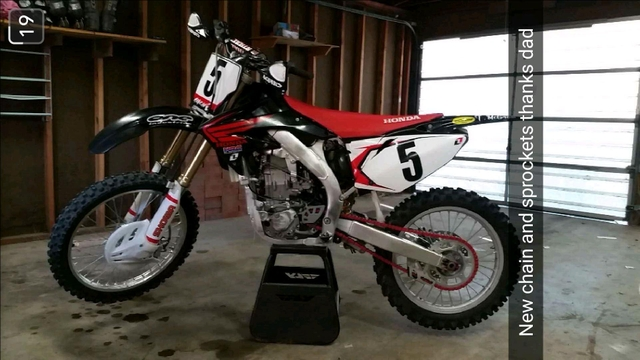 2007 honda crf450r PRICE REDUCED OBO MAKE OFFER