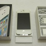 Sprint IPHONE 4 BRAND NEW IN BOX Never been activated