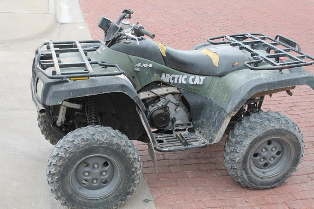 2004 arctic cat 400 4x4 atv nex tech classifieds. Black Bedroom Furniture Sets. Home Design Ideas