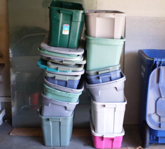 Plastic Totes With Lids