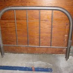 *~*~* ANTIQUE  METAL  BED  FRAME........TWIN / SINGLE *~*~*