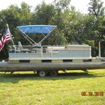 1972 Pontoon Boat