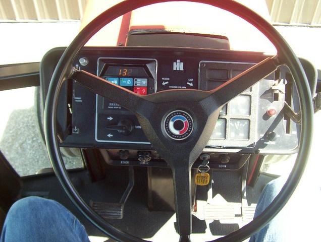 1086 Ih Interior : Ih tractor nex tech classifieds