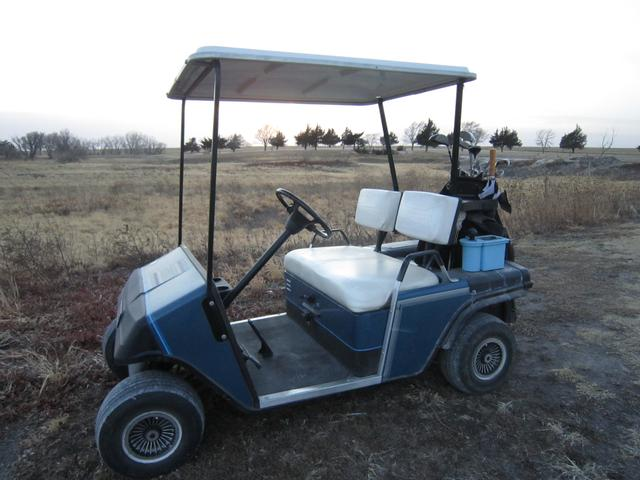 1988 Ez Go Gas Powered Golf Cart Storage Shed Included