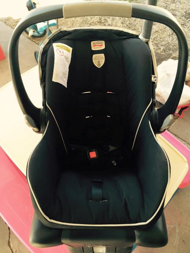 Britax B Safe Infant Car Seat With Two Bases
