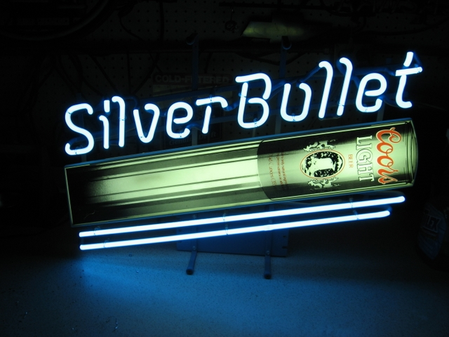 Coors light silver bullet neon beer sign rainbow classifieds contact seller mozeypictures Gallery