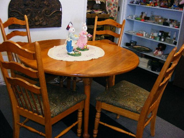 Blonde Solid Wood 48 Round Drop Leaf Table 4 Chairs Nex Tech
