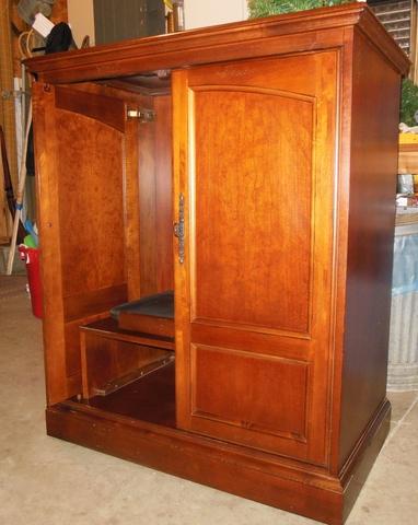 Mahogany Hooker Cabinet w/retractable-sliding doors!