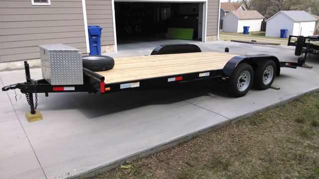 18ft Car Trailer With 2ft Dovetail Diamond Plate Toolbox