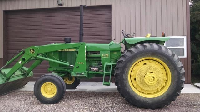 1972 John Deere 4320 Tractor W  1995 John Deere 725 Loader