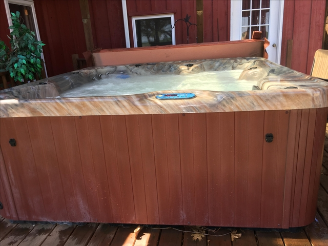 Hot tub for Sale - Nex-Tech Classifieds
